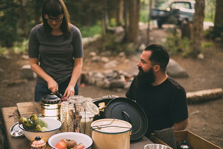 cooking outdoor with dutch oven